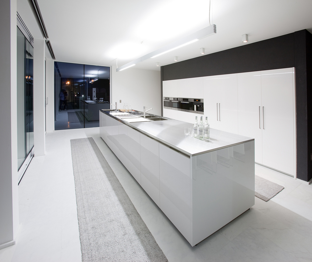 New Home Designs Latest Ultra Modern Kitchen Designs Ideas: Moderne Küche – Luxusdesign Ideen